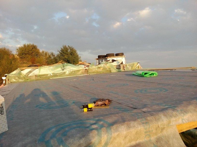 vapor-barrier-earthship